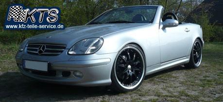 schwarze Alufelgen Mercedes SLK 170